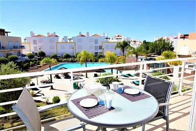 LTR/121 – 1 BED INFRONT OF POOL