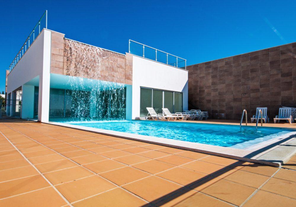 Lower-swimming-pool