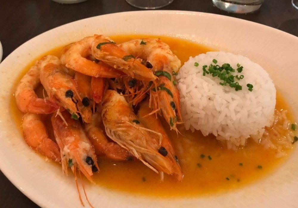 Restaurant-A-Fabrica-in-Luz